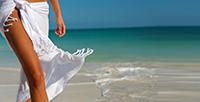 Депилированные ноги и море