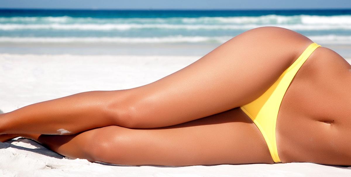 Депилированные ноги на берегу - почему надо выбирать шугаринг